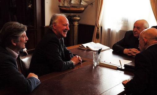 Meeting_gorbachev_press-kit_photo_1