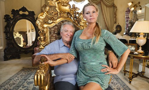 Queen_of_versailles_1