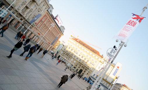 Zagrebdox_20na_20trgu_20bana_20jelac_cc_8cic_cc_81a