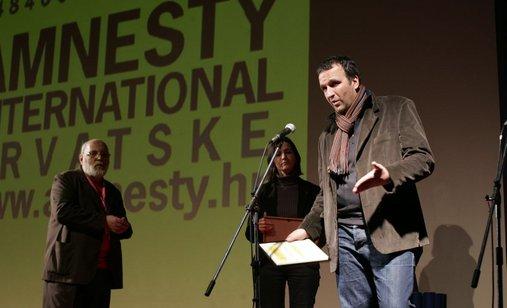 01_03_2008_dan_6_namik_kabil_posebno_priznanje_amnesty_informativni_razgovori_20(6)