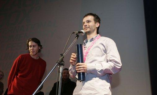 01_03_2008_dan_6_pero_pavlovic_posebno_priznanje_mladog_zirija_ljudi_smo_zar_ne_20(1)
