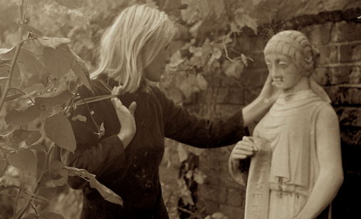 Marianne_with_statue_copyright_nick_broomfield_cropped