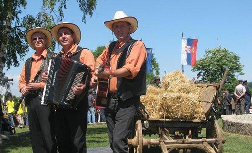 Ozenicu_celo_selo